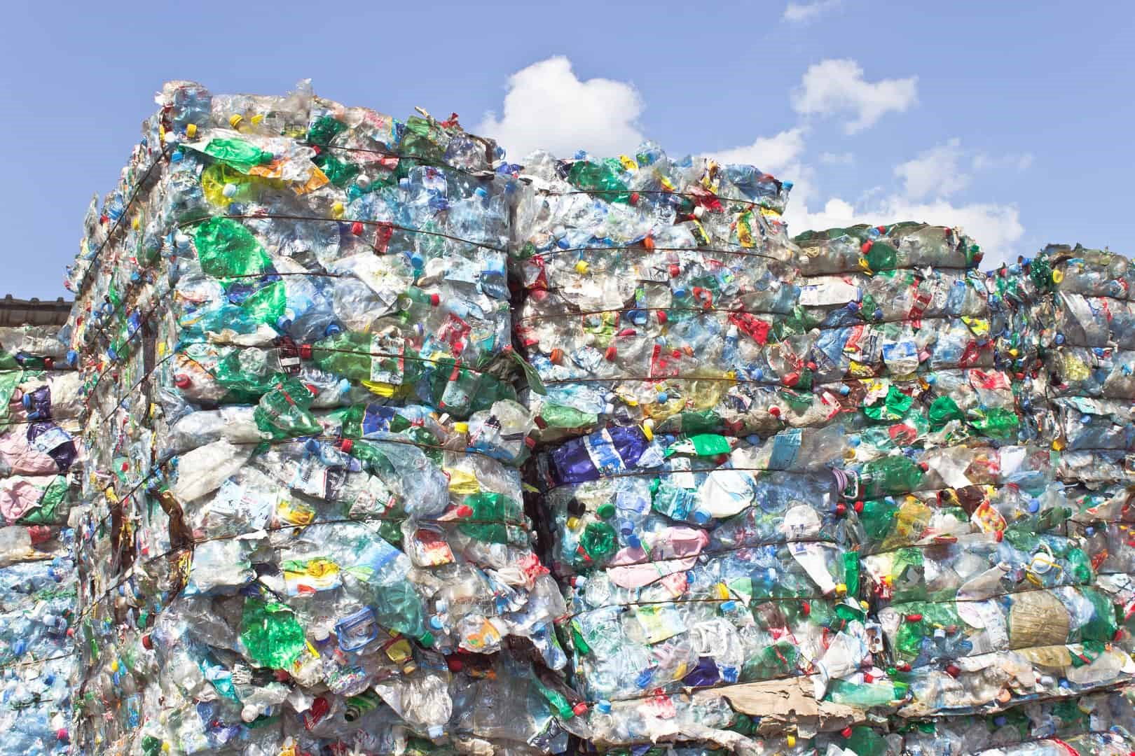 Afbeelding1_Plastics-waste-for-recycling - Copy